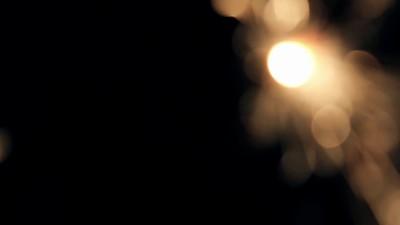 Burning Bengal Lights Sparkler 2
