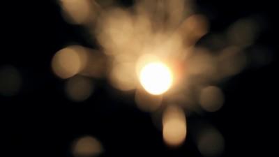 Burning Bengal Lights Sparkler 3