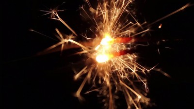 Burning Bengal Lights Sparkler 5